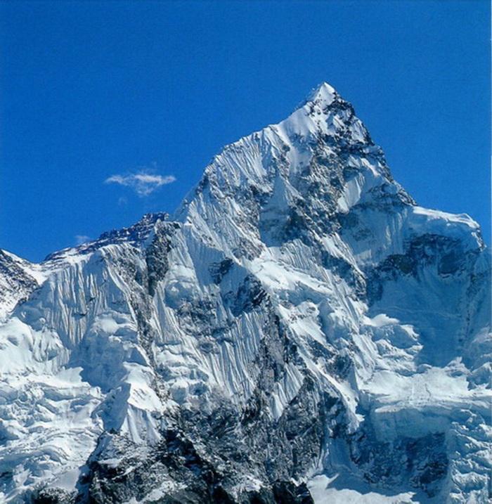 что безымянная гора,